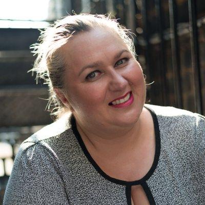 Lena Robinson | Social Profile