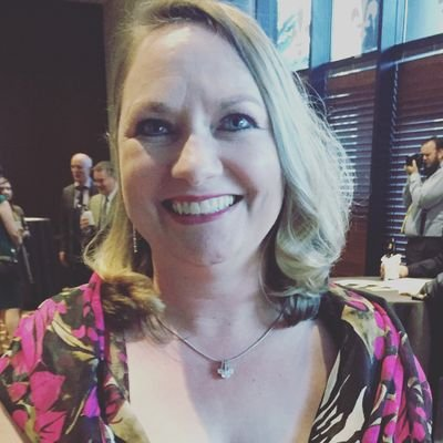 Dana Neuts   Social Profile