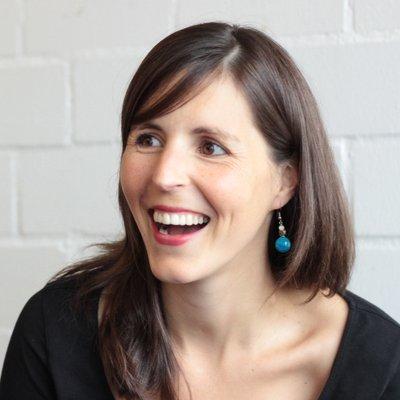 Olivia Czetwertynski | Social Profile