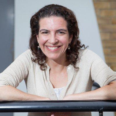 Melanie Gerlis | Social Profile
