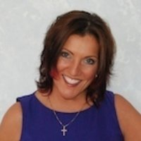 Lisa Magoulas | Social Profile