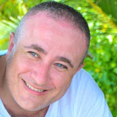 Farès Fayad Social Profile