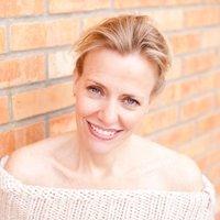 Nancy Hoerdemann   Social Profile