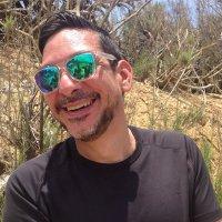 Simon Villamizar | Social Profile