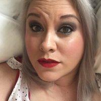 Nicole Leigh | Social Profile