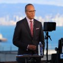 Photo of LesterHoltNBC's Twitter profile avatar