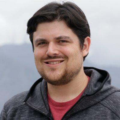 Oskar Garcia | Social Profile