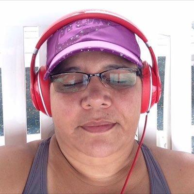 Marcia Marques   Social Profile