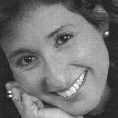 Delia Alicia Piña | Social Profile