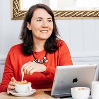 Juliette Dyke | Social Profile