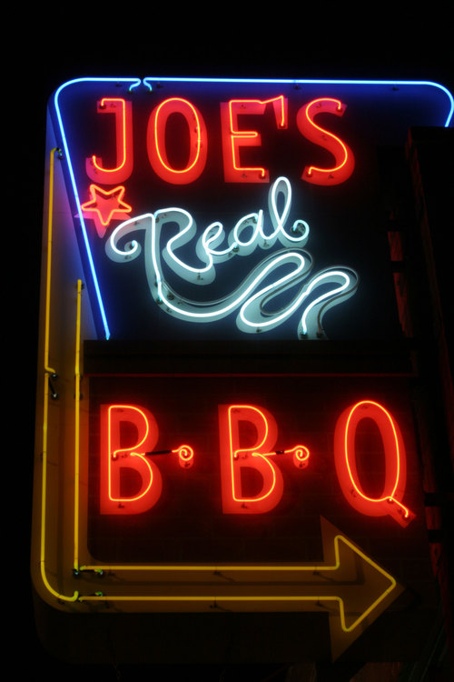 Joe's Real BBQ Social Profile
