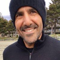 fardad moayeri | Social Profile