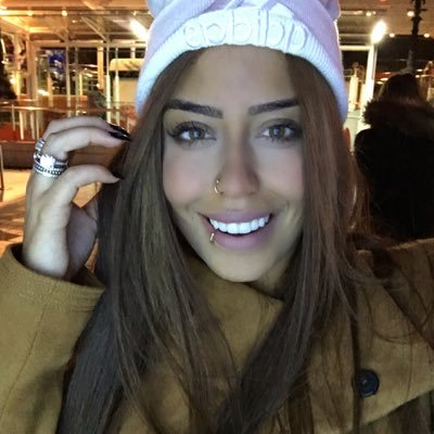 Rafaella | Social Profile