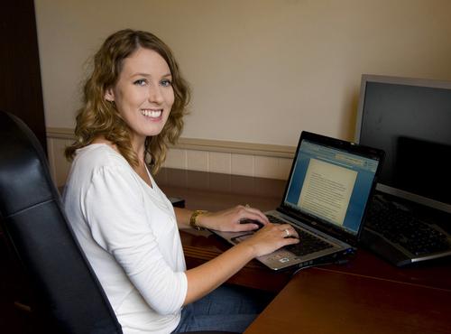 Julie Cave Social Profile