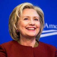 HillaryNewss