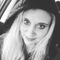 Cyndi   Social Profile