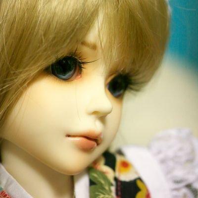 (20)   Social Profile