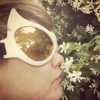 Amber Yelvington   Social Profile