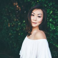 Vivian Cromwell | Social Profile