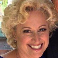 Anne SchaeferSalinas | Social Profile