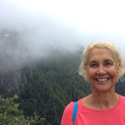 Linda Seabright | Social Profile