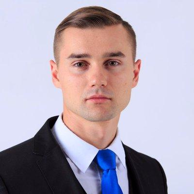 Руслан Захаркин (@RuslanZakharkin)