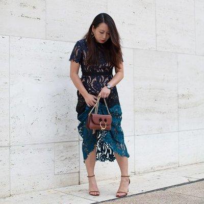 Helen Lee | Social Profile