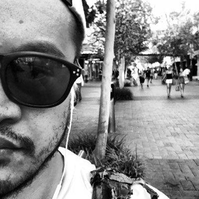 Ben Uili | Social Profile