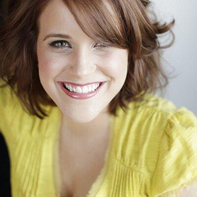 Lauren Chitwood   Social Profile