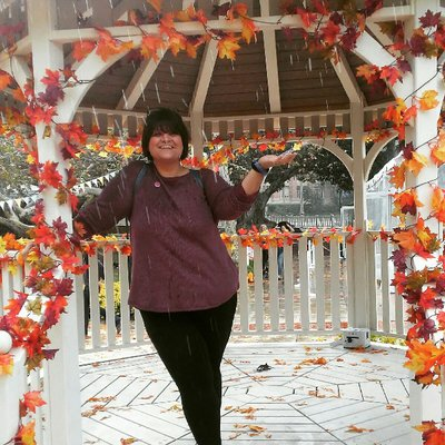 CarlaJean | Social Profile