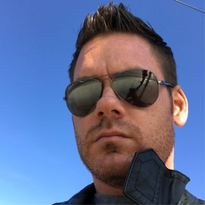 Derek Leavitt Social Profile