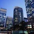 三菱地所アタックを敢行する高層ビルbot