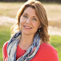Stephani Roberts | Social Profile