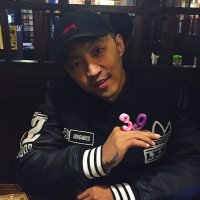 주석 | Social Profile
