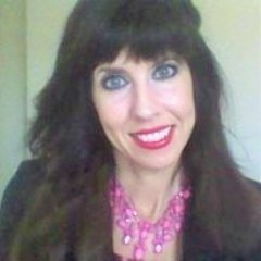 Kristen E.   Social Profile