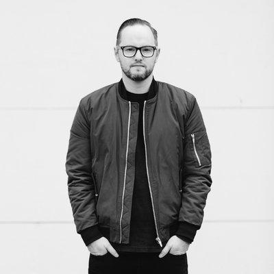 Ian Stanger | Social Profile