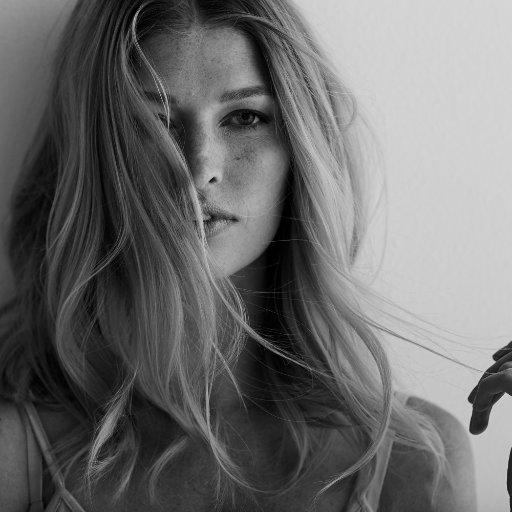 Heide Lindgren Social Profile