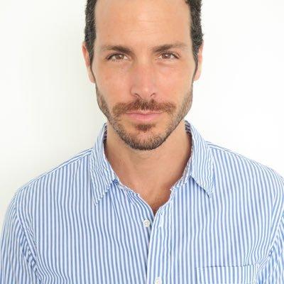 carlos martín Social Profile