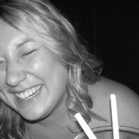 laura watts | Social Profile