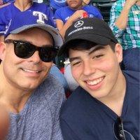 David De La Garza | Social Profile