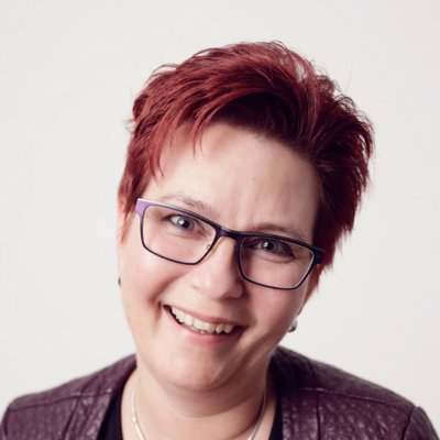 Petra Vulders | Social Profile