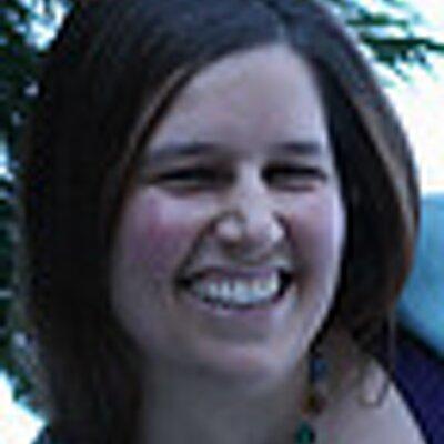 Lianne Raymond | Social Profile