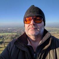 Angus Fox | Social Profile