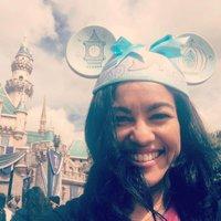 Elayna Fernandez | Social Profile
