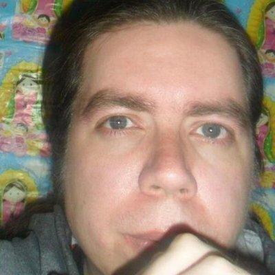 Julio Angel   Social Profile