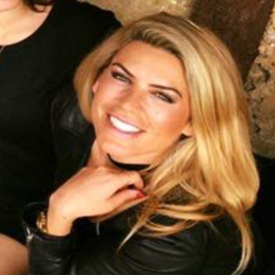 Eva Bojtos   Social Profile