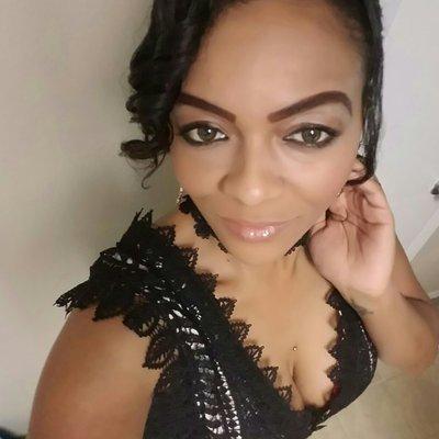 MissWy | Social Profile