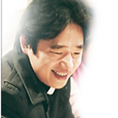 정요섭(Pastor J) | Social Profile