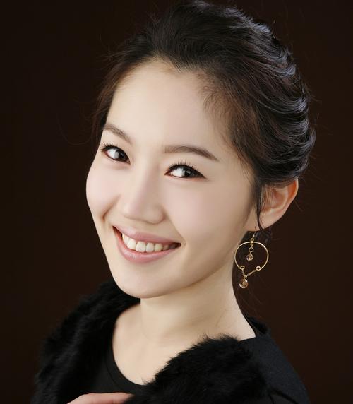 엄지인 KBS아나운서 Social Profile