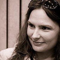 Donna Suffling | Social Profile